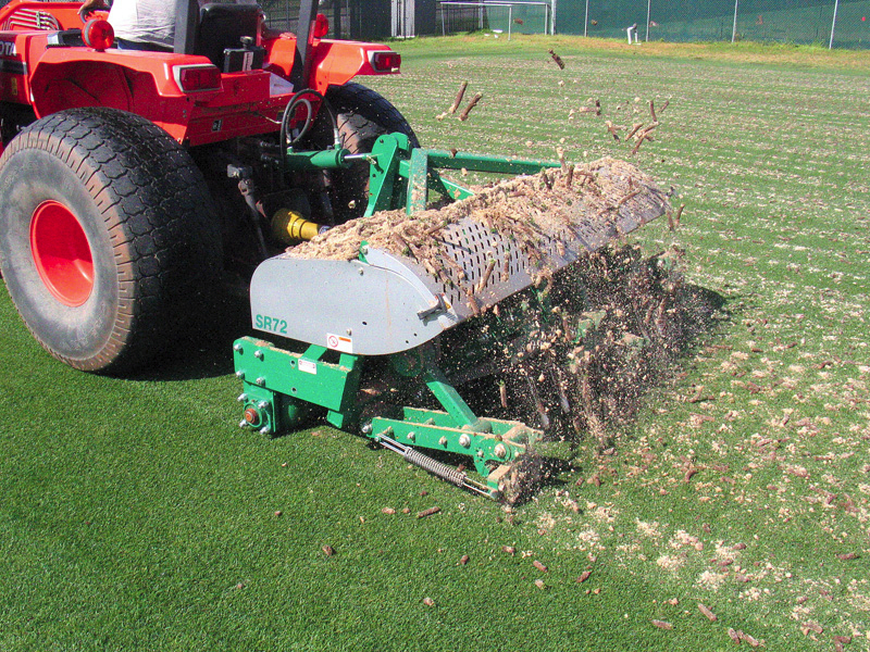 Deep Tine Aerification-002